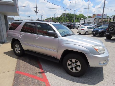 Pre-Owned 2004 Toyota 4Runner SR5 4WD Sport Utility